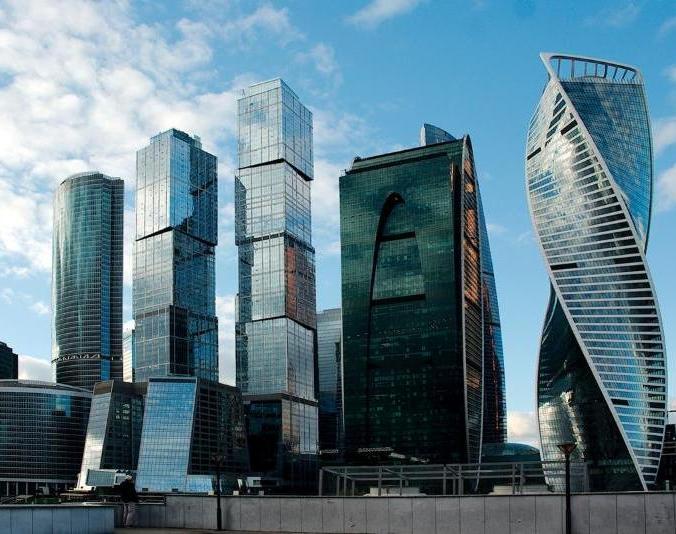 1 год филиалу в Москве!